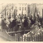 9 мая 1955г.У могилы Н.А. Бенеша